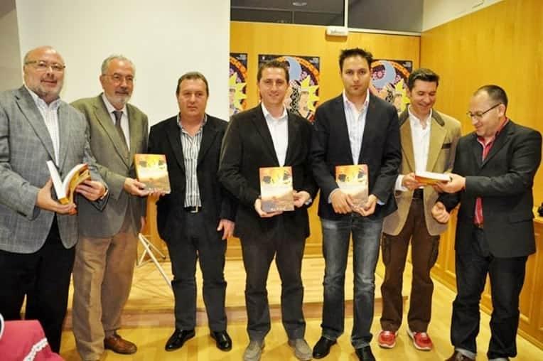 en_el_acto_conto_con_la_intervencion_de_salvador_rodriguez_becerra_y_la_presencia_del_director_de_ideal_eduardo_peralta..jpg
